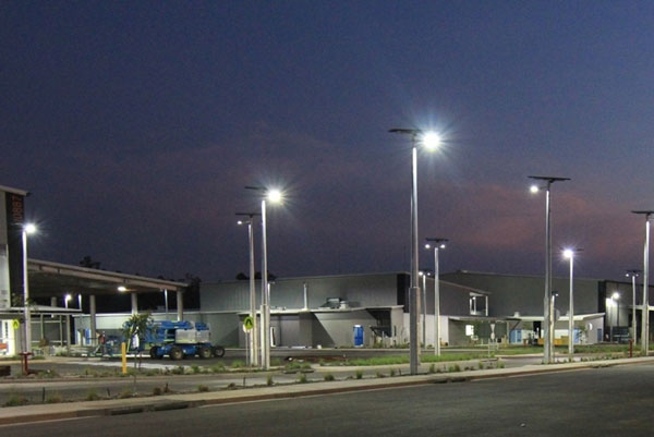 Vertex® solar street lights utilised extensively throughout the Robertson Barracks upgrade, providing reliable all night light with 6 nights battery back-up
